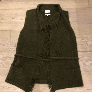 Wilfred vest Italian yarn in small